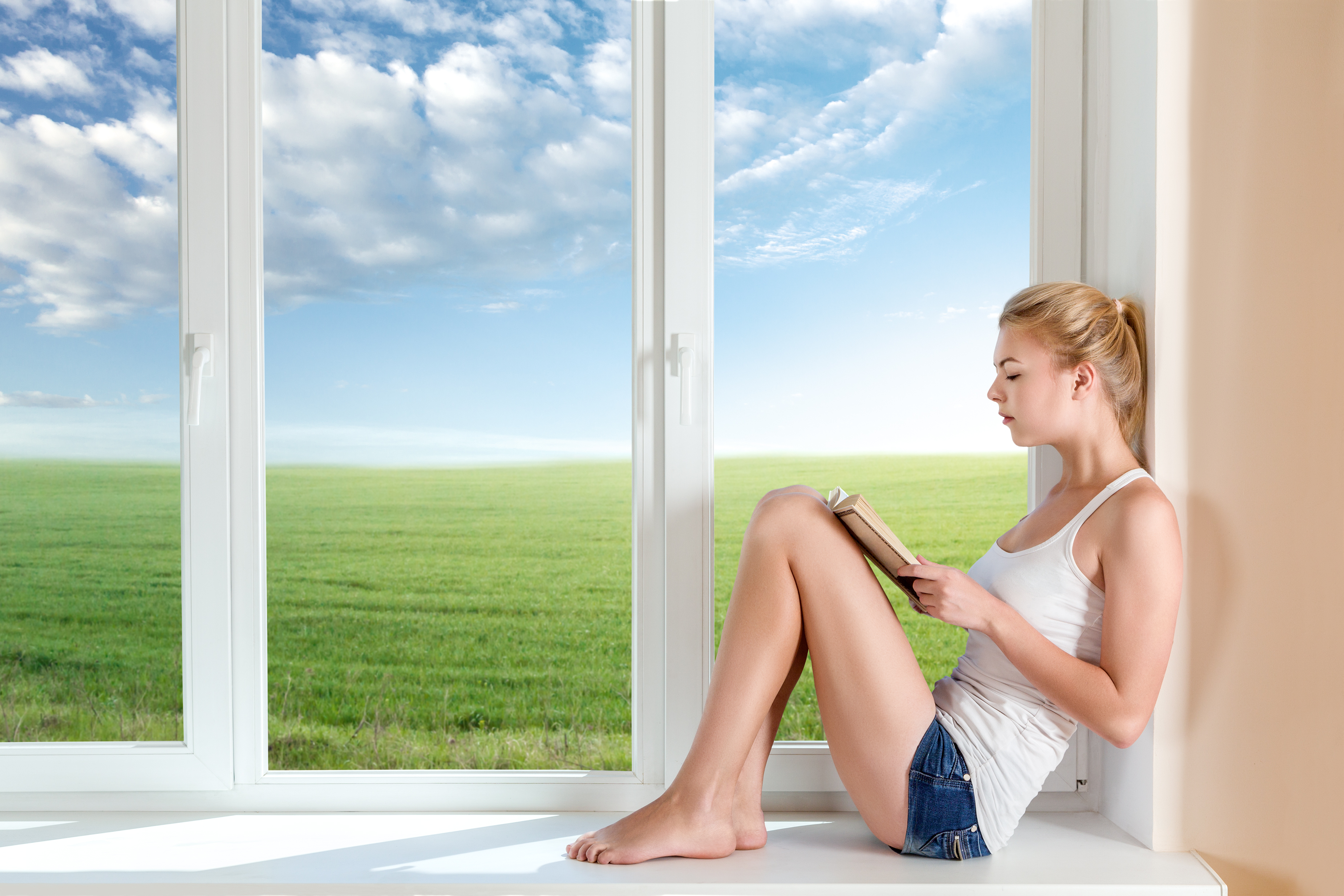photo-fenêtre-avec-femme